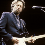 How to play Wonderful Tonight by Eric Clapton – Guitar Riff 81