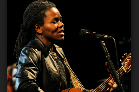 LEARN TO SONG - TRACY CHAPMAN